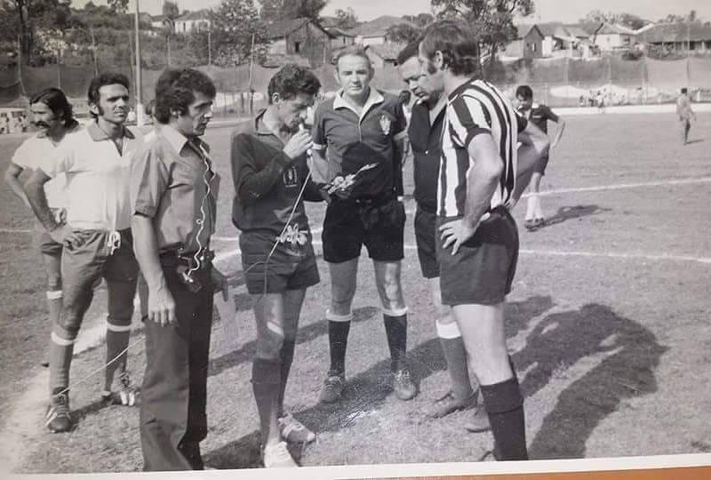 REPÓRTER ESPORTIVO NA RÁDIO EDUCADORA DE JACAREZINHO 1975